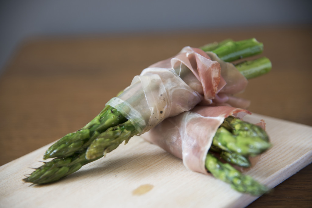 Asparagus and prosciutto 2