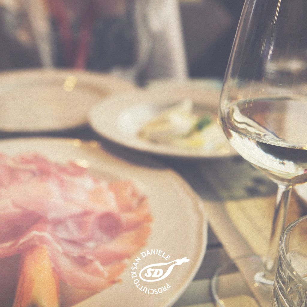 Prosciutto di San Daniele with white wine
